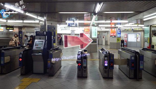 阪急大宮駅の東改札口