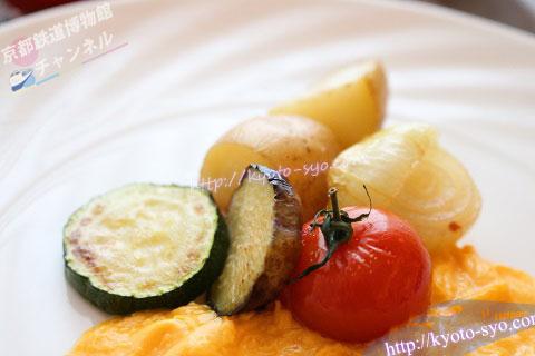 朝食の野菜のボイル