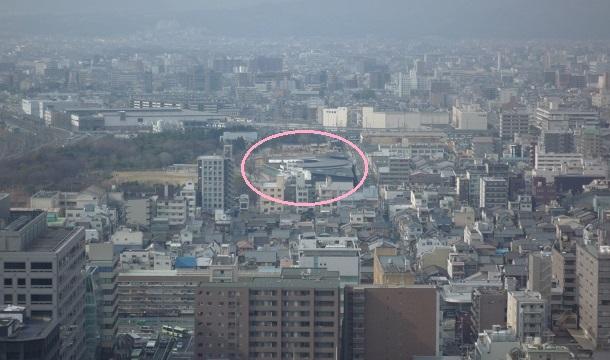 京都タワーから見える京都水族館